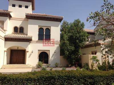 فیلا  للبيع في ذا فيلا، دبي - Well-Maintained 5BR Villa with Pool and Garden