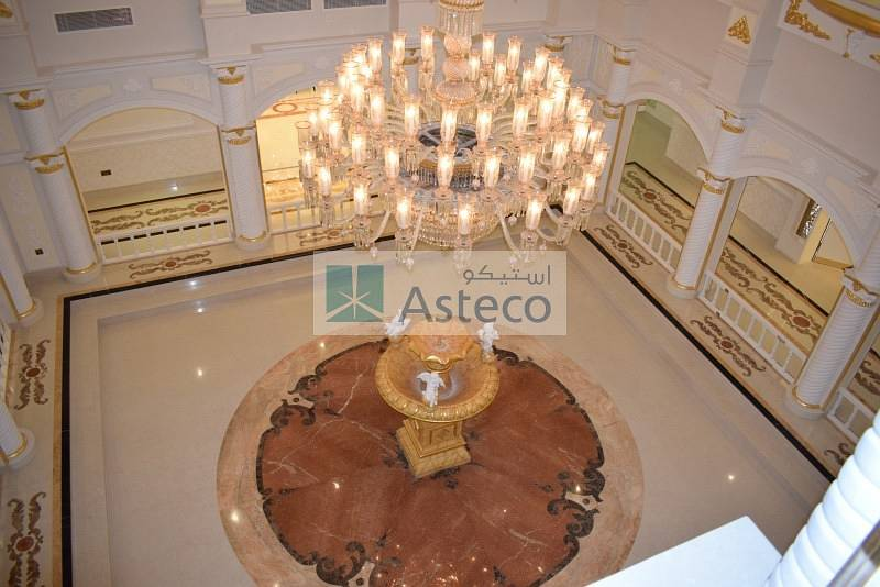 Reduced Price-Luxurious Villa -J Sector