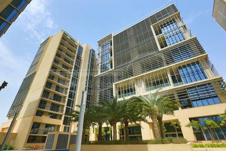 1 Bedroom Apartment for Rent in Al Raha Beach, Abu Dhabi - Refreshing Location!Pay in 4Cheques!Hurry!