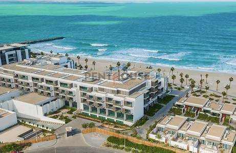 2 Bedroom Flat for Sale in Pearl Jumeirah, Dubai - Ready apartments beachfront resort payment plan