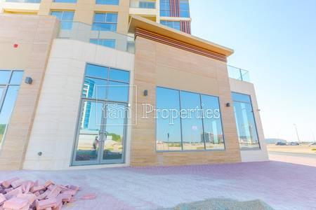 Shop for Rent in Dubailand, Dubai - Retail Suitable for Mini Mart/Restaurant