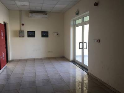 Labour Camp for Rent in Muhaisnah, Dubai - 10,25 to 50 Rooms; 4 persons approval; Split A/c unit; 1 kitchen & 1 dining rent in sonapur