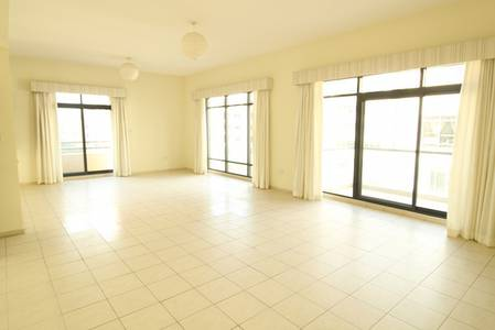 4 Bedroom Apartment for Rent in The Greens, Dubai - Huge 4BR