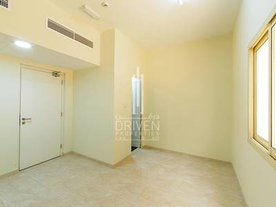 Labour Camp for Sale in Jebel Ali, Dubai - Well-maintained l Capacious Labour Camp.