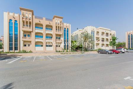Building for Sale in Dubai Investment Park (DIP), Dubai - Exclusive | Very High Returns | Well Kept