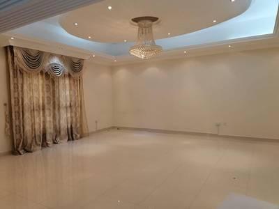 3 Bedroom Villa for Rent in Al Warqaa, Dubai - Very nice Villa for rent at alwarqaa 3 master bedroom with service black