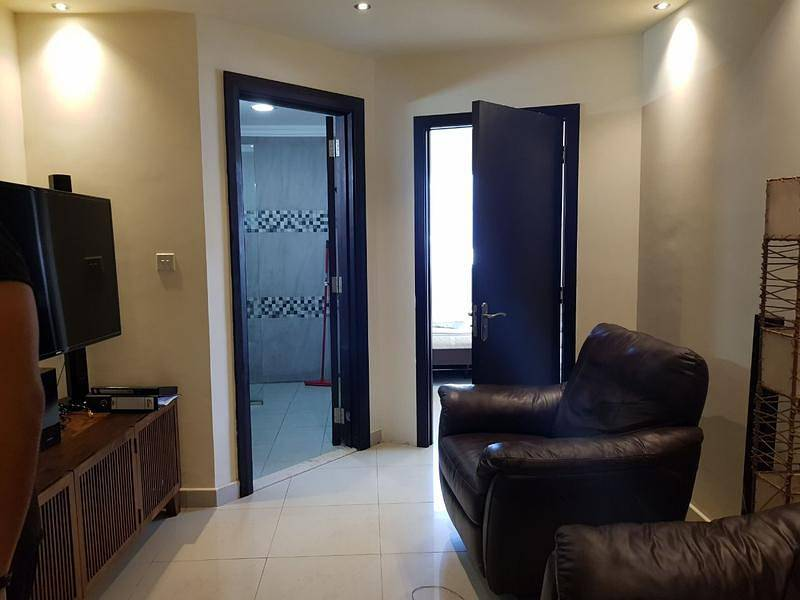 Large  1 bedroom with Balcony in Dubai Gate 1 near metro station AED 50,000
