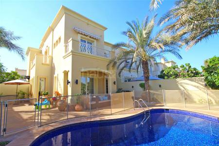 3 Bedroom Villa for Sale in The Springs, Dubai - Upgraded 2E on the Lake w/ private pool