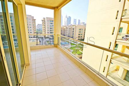 2 Bedroom Flat for Rent in The Greens, Dubai - 1st Feb | Pool and Garden View | Unfurn.