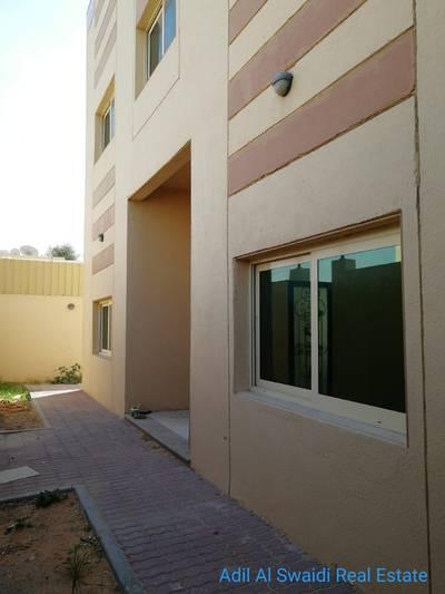 4 Bedroom Villa for Rent in Al Qadisiya, Sharjah - Spacious 4 Master room villa with huge majlis, living dining, hoash, maid room, C. A/C, covd parking