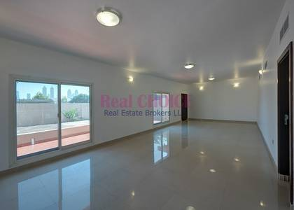 3 Bedroom Villa for Rent in Jumeirah, Dubai - Maintenance Service Included in the Rent