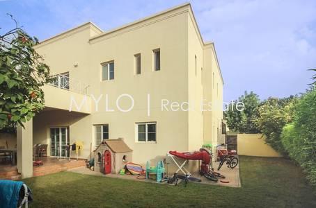 4 Bedroom Villa for Sale in The Lakes, Dubai - Private Corner Plot - 4 Bedroom For Sale