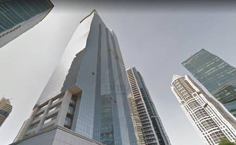 Office for Rent in Jumeirah Lake Towers (JLT), Dubai - Spacious Fitted Glass Partitioned Office