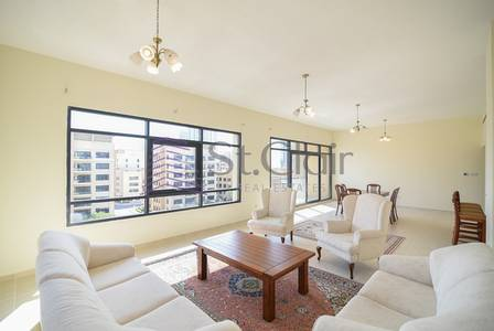 3 Bedroom Apartment for Sale in The Greens, Dubai - Amazing 3 Bedrooms with Study (2 Covered Parkings)