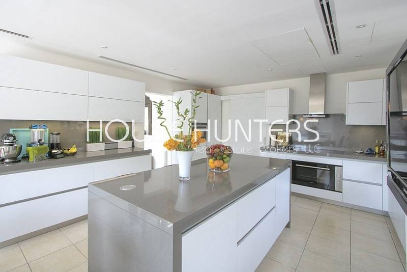 2 New and Exclusive Alvorada Close to pool and park