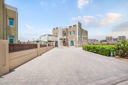 3 Bedroom Villa for Sale in Mudon, Dubai - Type B Villa - Immaculate Condition