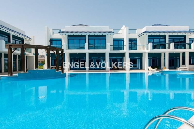 Exquisite |Type 1C |Pool View |Tenanted