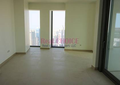 2 Bedroom Apartment for Sale in Downtown Dubai, Dubai - Corner 2BR Property with Amazing Sea View