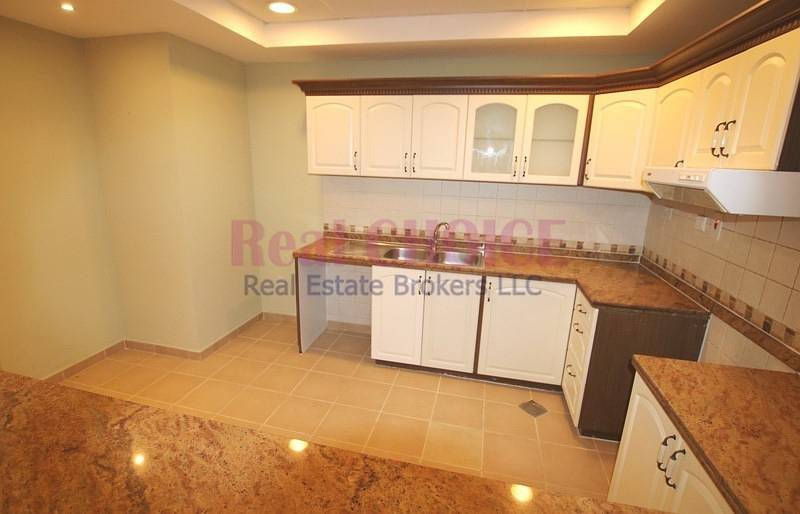 2 12 Cheques| No Commission | Huge 2BR Apt