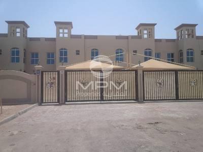 فیلا  للايجار في مدينة خليفة A، أبوظبي - Clean and Big 4 Bedroom Villa with Majlis