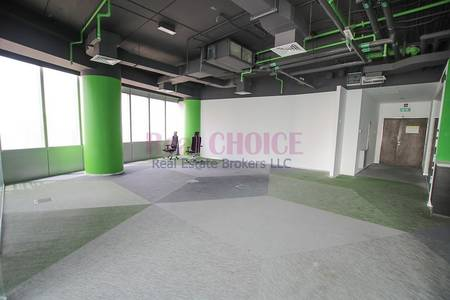 Office for Rent in Jumeirah Lake Towers (JLT), Dubai - Cheapest Huge Office With Partition JLT