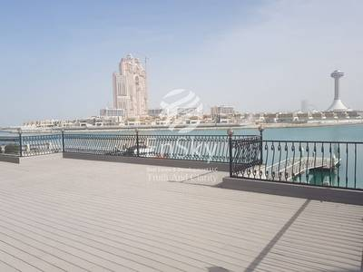 6 Bedroom Villa for Sale in Marina Village, Abu Dhabi - Luxurious 5 Bedroom Villa with Private Beach Access