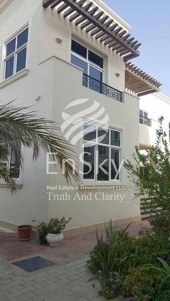 5 Bedroom Villa Compound for Sale in Khalifa City A, Abu Dhabi - 4 Villa Compound Perfect for Investment