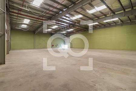 Warehouse for Rent in Dubai Investment Park (DIP), Dubai - Huge Parking  Space | 30 Kilowatt Power | 8M Height Warehouse