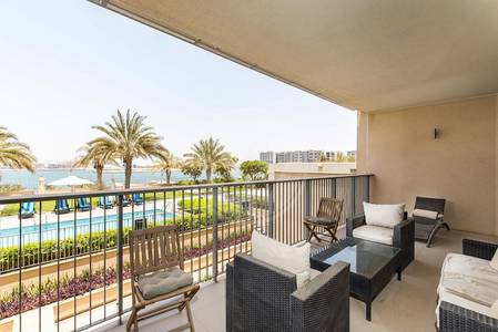 3 Bedroom Townhouse for Sale in Al Raha Beach, Abu Dhabi - Sea View- Remodeled | Open Plan Kitchen