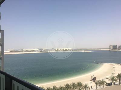 2 Bedroom Flat for Rent in Al Raha Beach, Abu Dhabi - Magnificent sea views from a high floor!