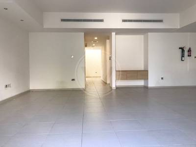 4 Bedroom Villa for Rent in Eastern Road, Abu Dhabi - Modern and Spacious Villa| Mangrove One!