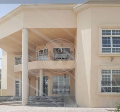 9 Bedroom Villa for Rent in Shakhbout City (Khalifa City B), Abu Dhabi - 9 bedroom COMMERCIAL Villa in Khalifa