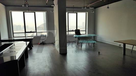 Office for Sale in Jumeirah Village Circle (JVC), Dubai - Small Semi Fitted office for sale in JVC..