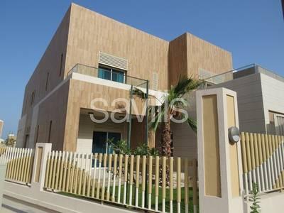 5 Bedroom Villa for Rent in The Marina, Abu Dhabi - Large 5 bed corner villa in Marina Sunset Bay