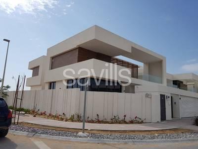 5 Bedroom Villa for Rent in Al Karamah, Abu Dhabi - Luxury 5 bedroom corner villa in West Yas