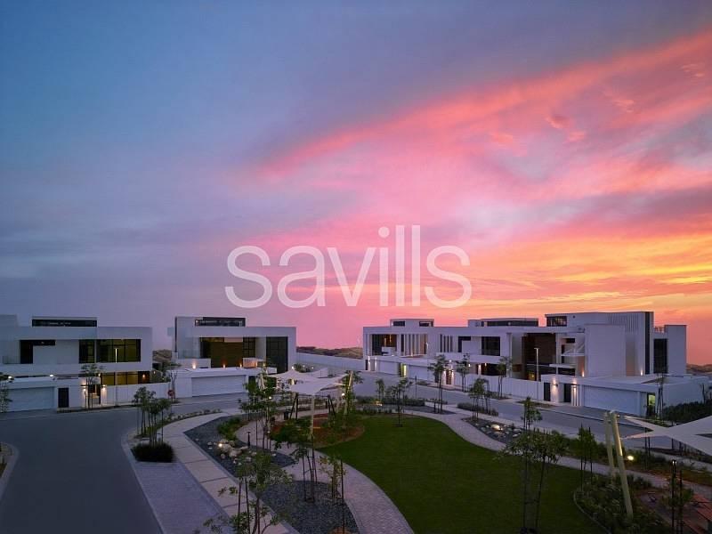 Luxury five bedrooms villa at West yas