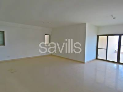 2 Bedroom Flat for Rent in Al Raha Beach, Abu Dhabi - Spacious two bedroom apartment , chiller fees included