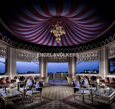 Shop for Rent in Palm Jumeirah, Dubai - Licensed Restaurant with Bar  Beachfront