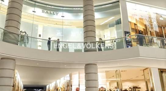 Shop for Rent in Palm Jumeirah, Dubai - Luxury Designer Fashion   Shopping Mall