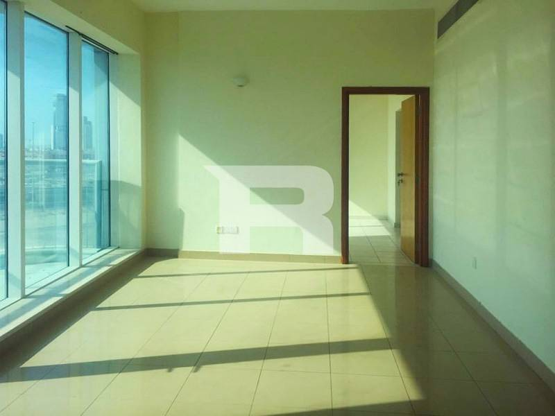 Well Maintained 1 BR in Ice Hockey Tower