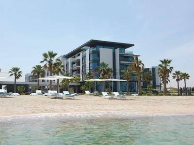Luxury house in exotic beachfront resort