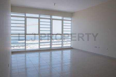 Spacious Two Bed *4 Cheques* Wrap Balcony & Facilities