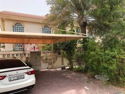 مبنی تجاري  للايجار في جميرا، دبي - Commercial villa with Nursery permit behind Box Park