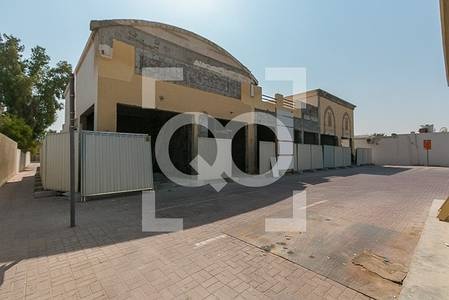 Shop for Rent in Jumeirah, Dubai - Retail Shop | Semi Fitted | Jumeirah Main Road