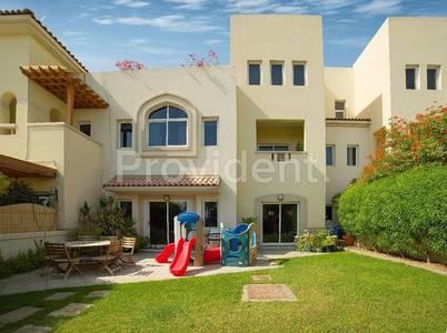 5 Bedroom Villa for Sale in Dubai Festival City, Dubai - Nice 5BR+M Triplex Freehold Dream Home