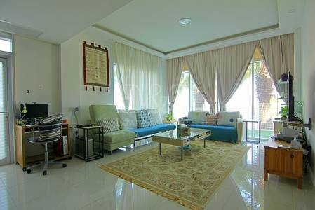 3 Bedroom Townhouse for Sale in Al Reem Island, Abu Dhabi - Upgraded Luxury 3bed+S Townhouse+Terrace