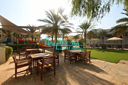 3 Bedroom Villa for Rent in Jumeirah, Dubai - ONE MONTH FREE! MODERN HIGH QUALITY 3BED+MAID'S SHARED POOL