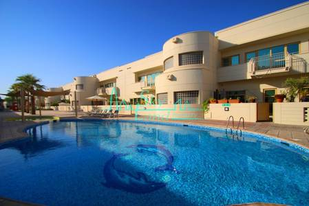 4 Bedroom Villa for Rent in Al Safa, Dubai - VERY SPACIOUS 4BED+MAID'S SHARED POOL