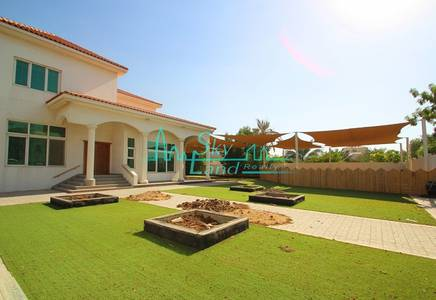 5 Bedroom Villa for Rent in Jumeirah, Dubai - GREAT LOCATION! Ready for Kindergarden