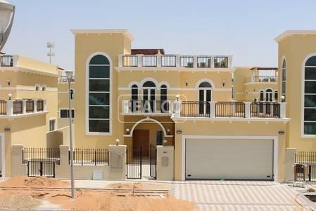 4 Bedroom Villa for Sale in Jumeirah Park, Dubai - Single row. Vastu Compliant. Below market value opportunity.